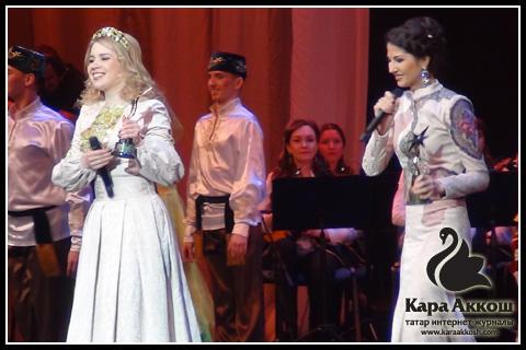 Лейсан Садыкова и Алина Давыдова