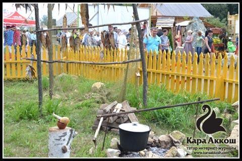 стилизованный уголок рыбака в подворье Рыбно-Слободского района