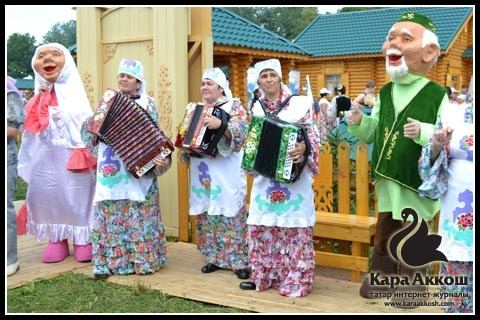 Күңелләрне җилкендерә татар халык җырлары