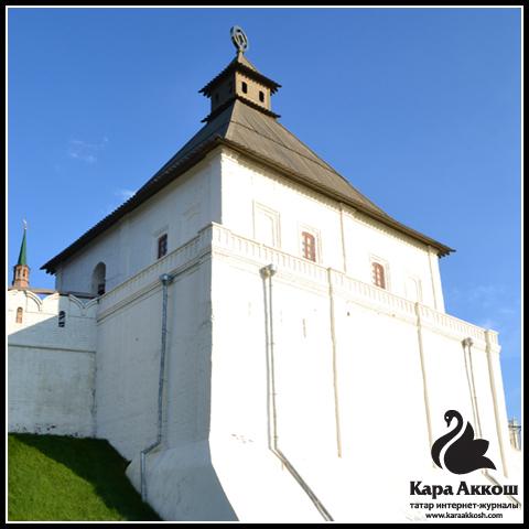 Тайницкая башня Казанского Кремля